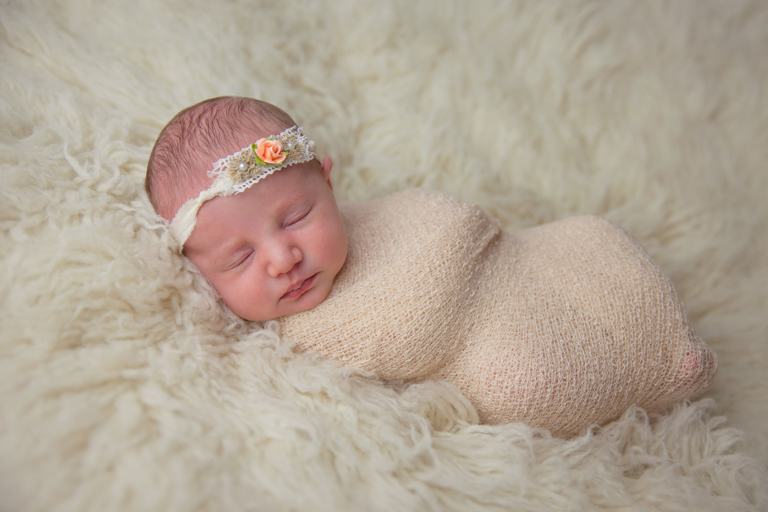 willow newborn photo  (5).jpg