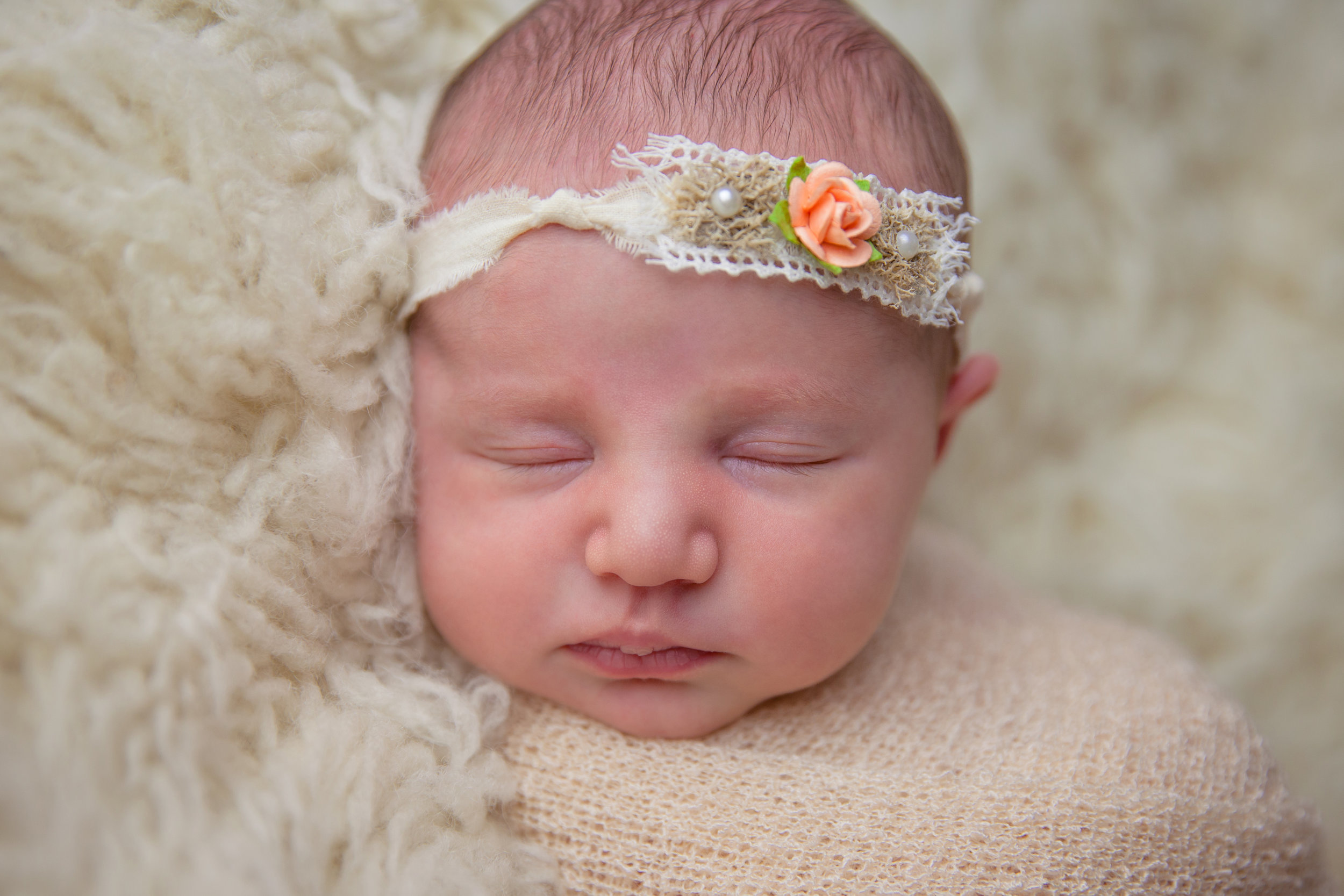 willow newborn photo  (7).jpg