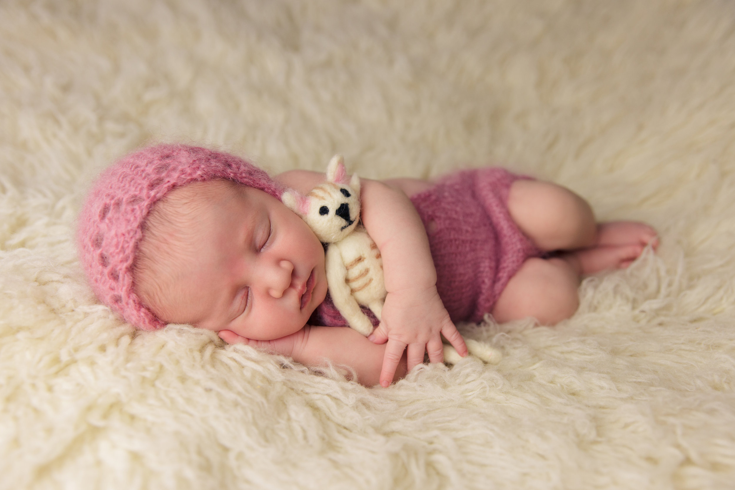 willow newborn photo  (68).jpg