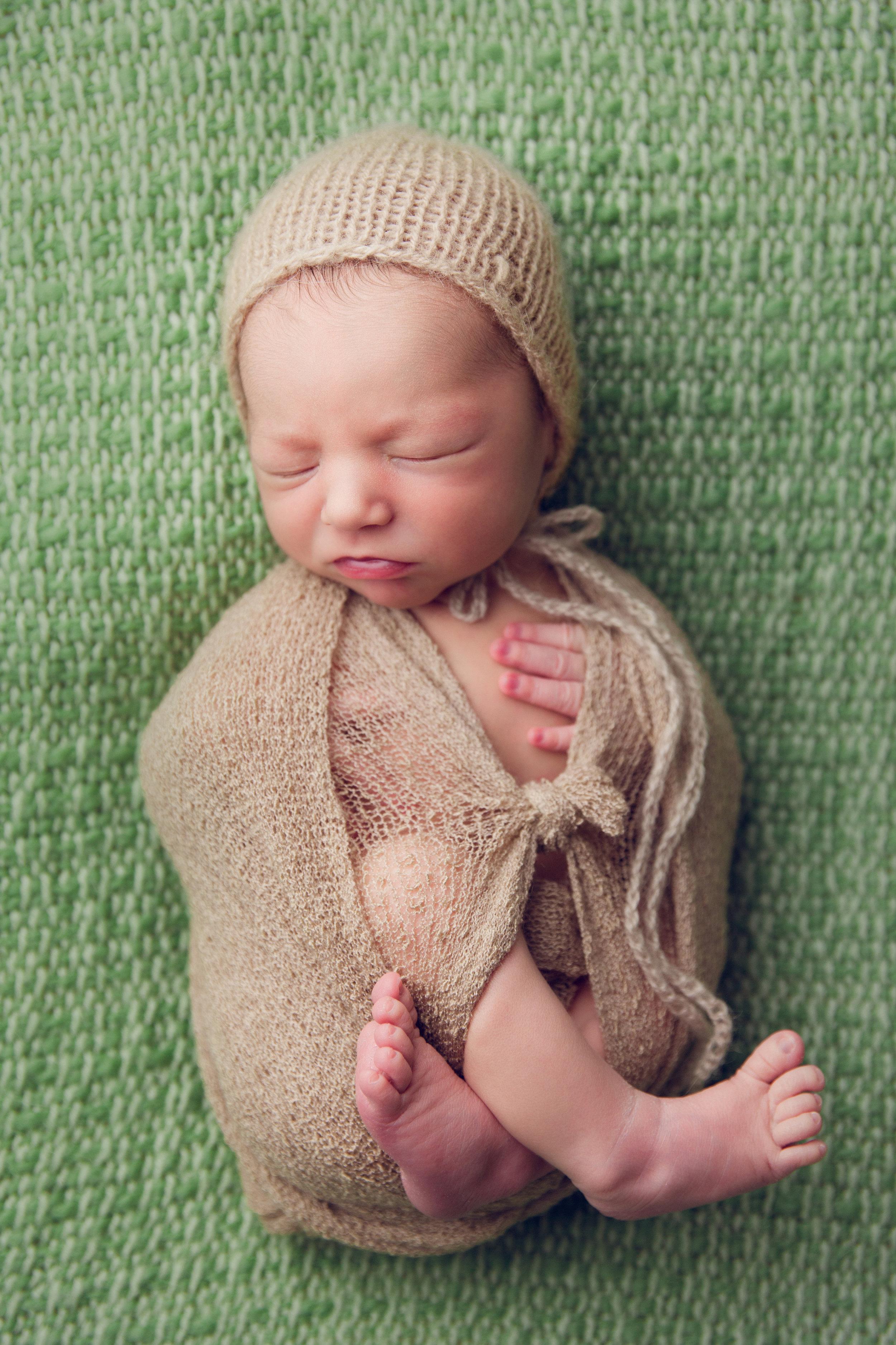 elliott newborn  (54).jpg