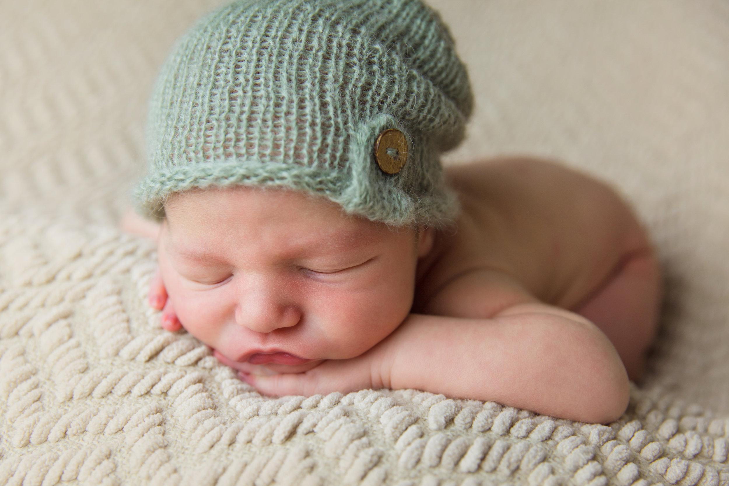 elliott newborn  (68).jpg