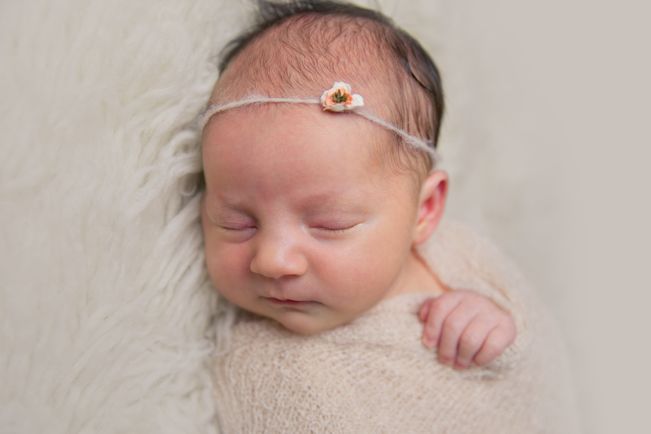 aniela newborn photo  (5).jpg
