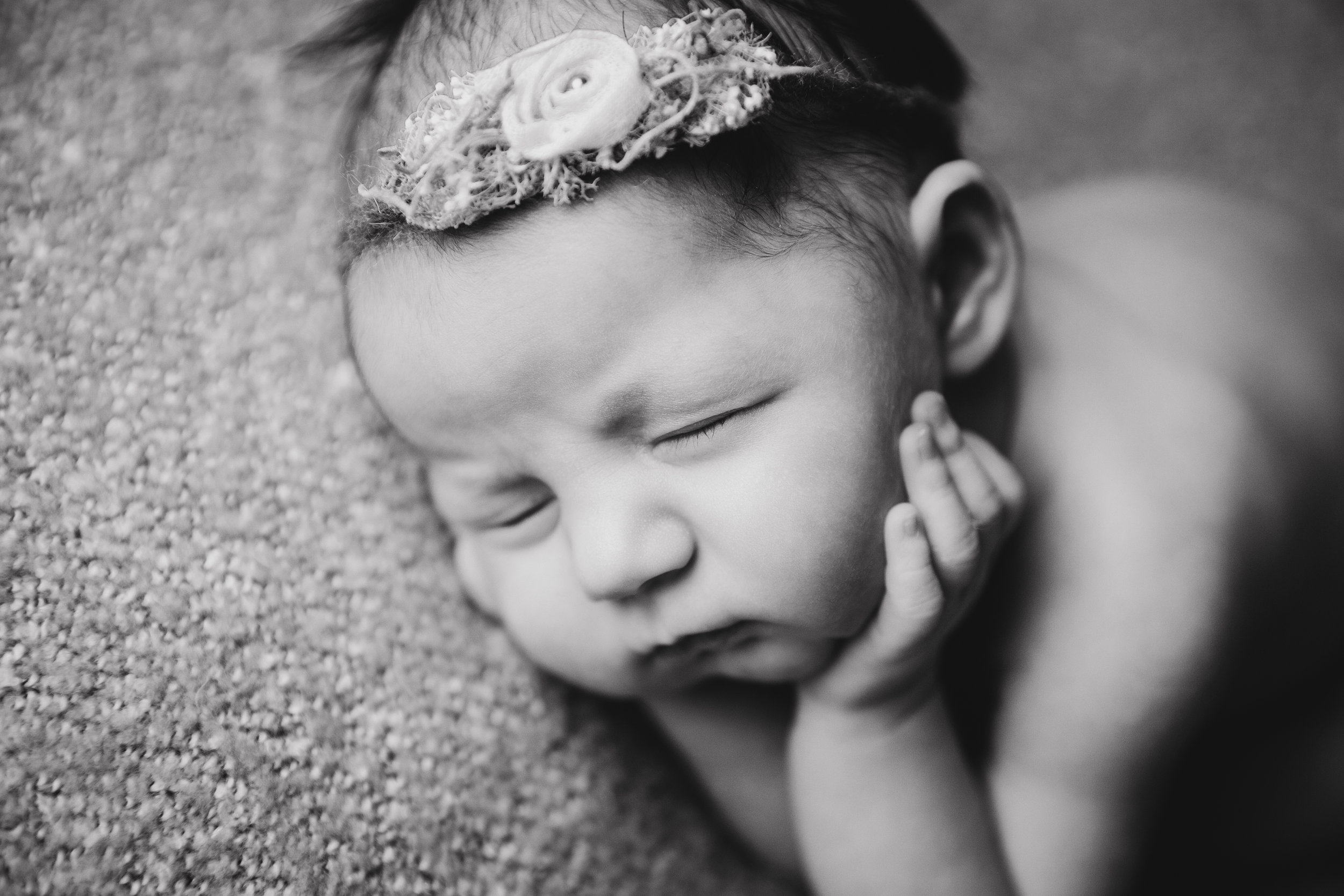 aniela newborn photo  (33).jpg