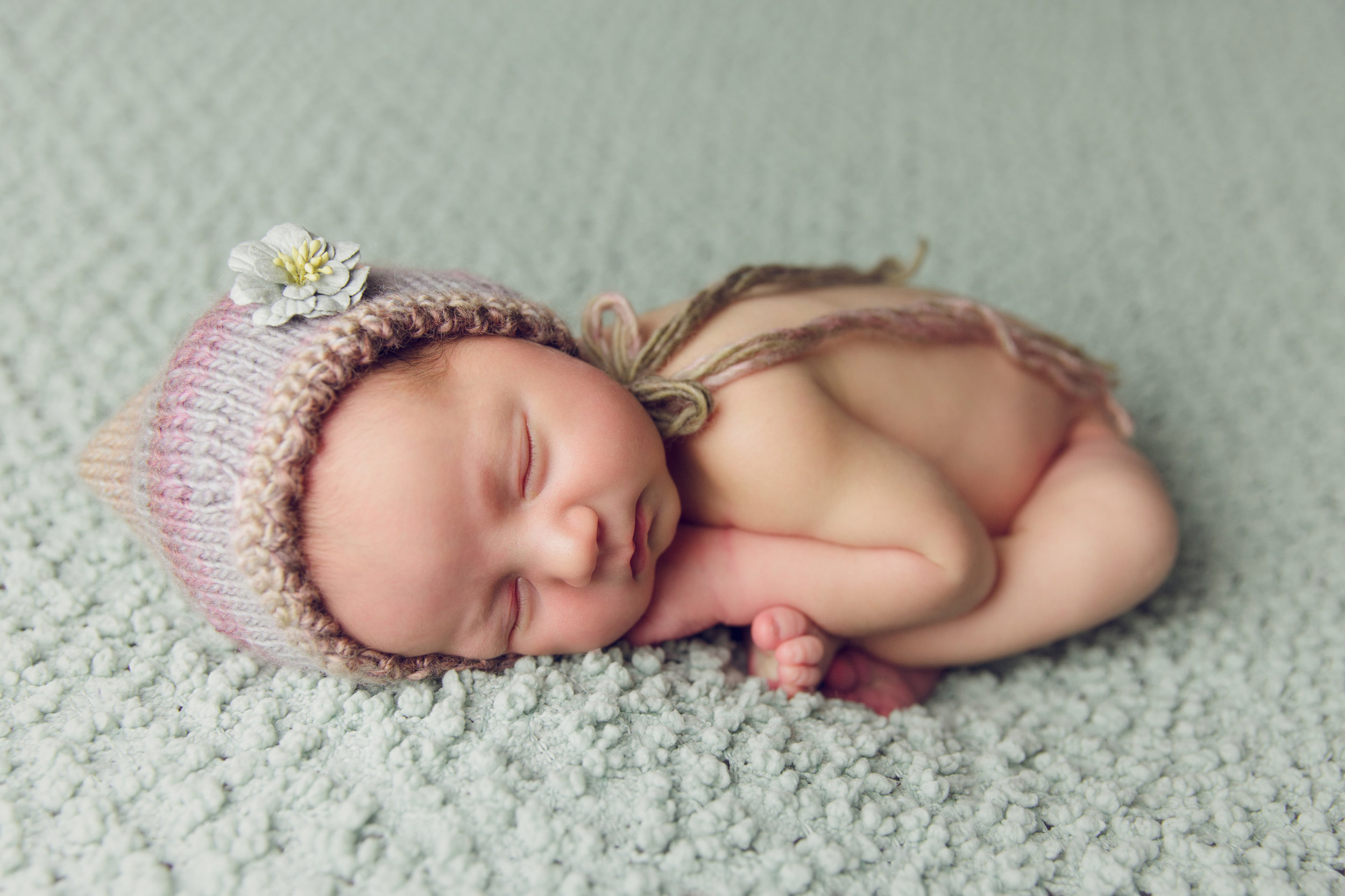 aniela newborn photo  (37).jpg