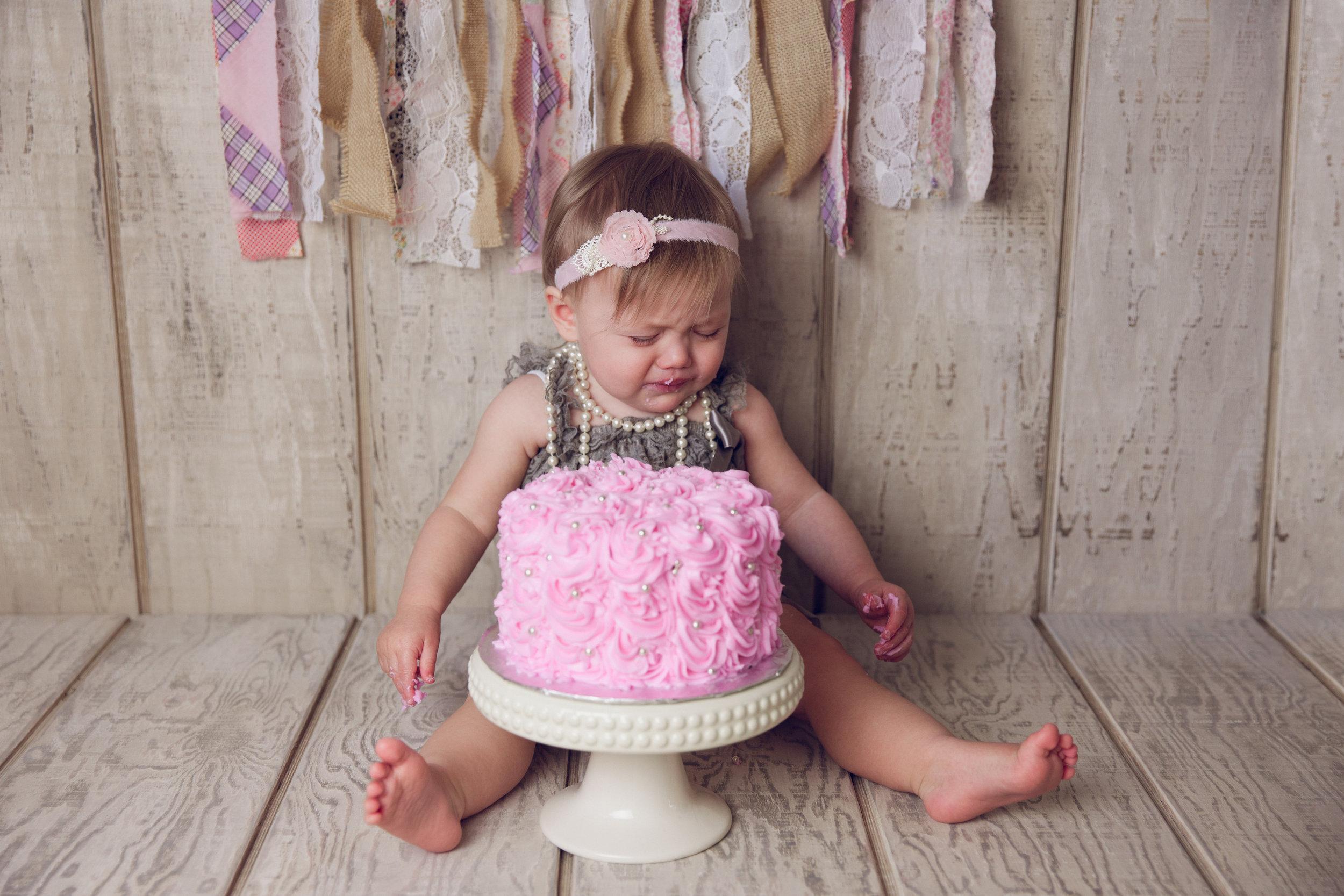 mackenzie cake smash -27.jpg