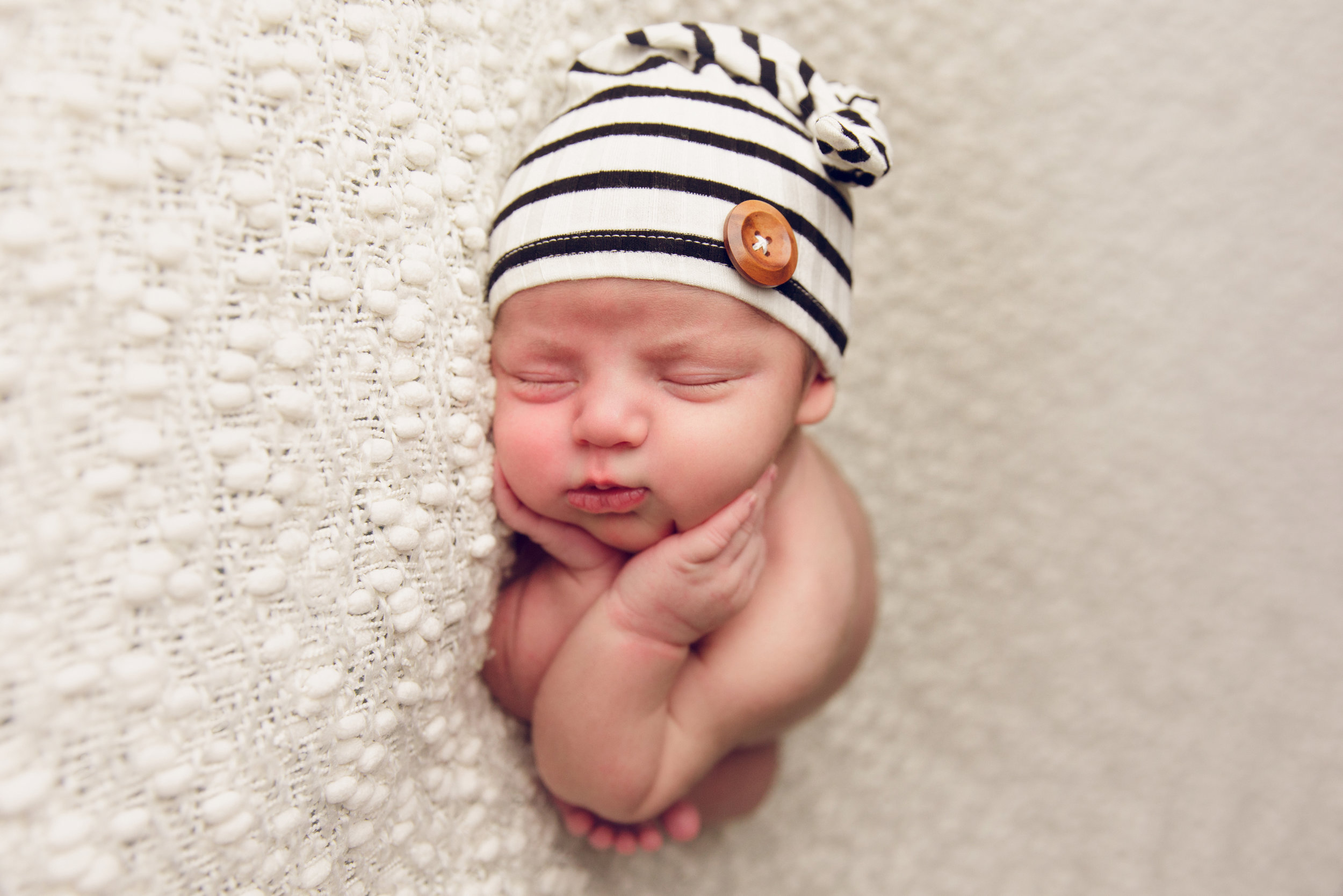 river newborn photo  (7).jpg