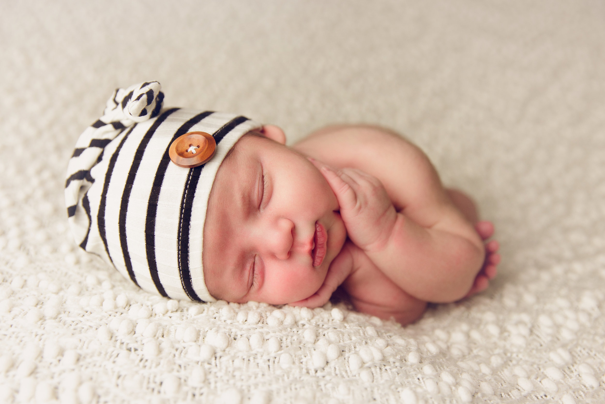 river newborn photo  (6).jpg
