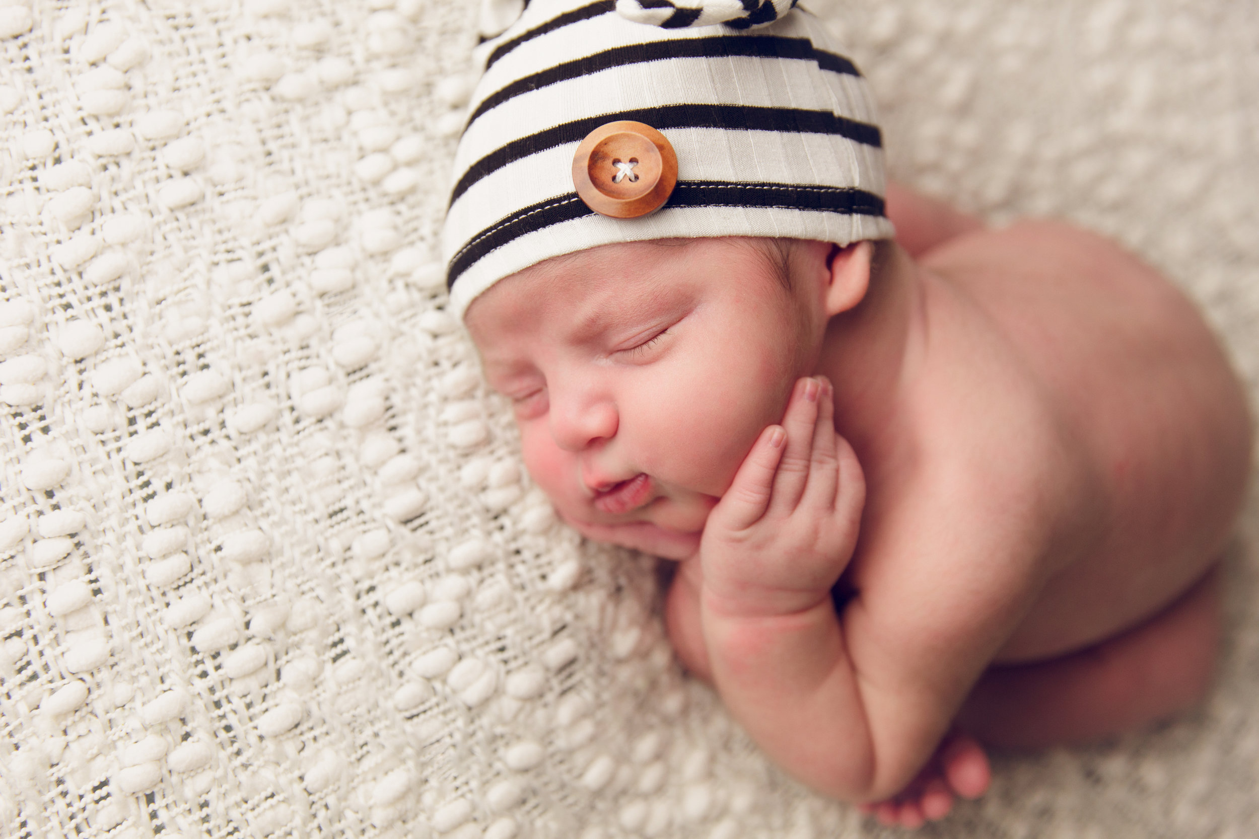 river newborn photo  (9).jpg