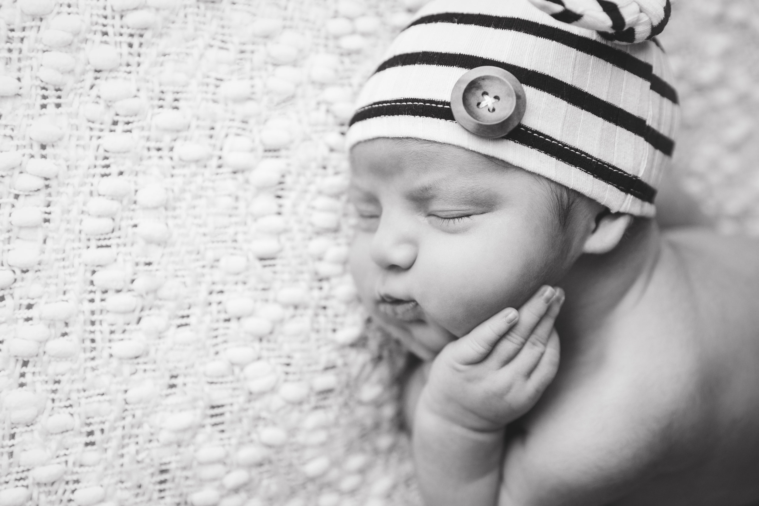 river newborn photo  (11).jpg