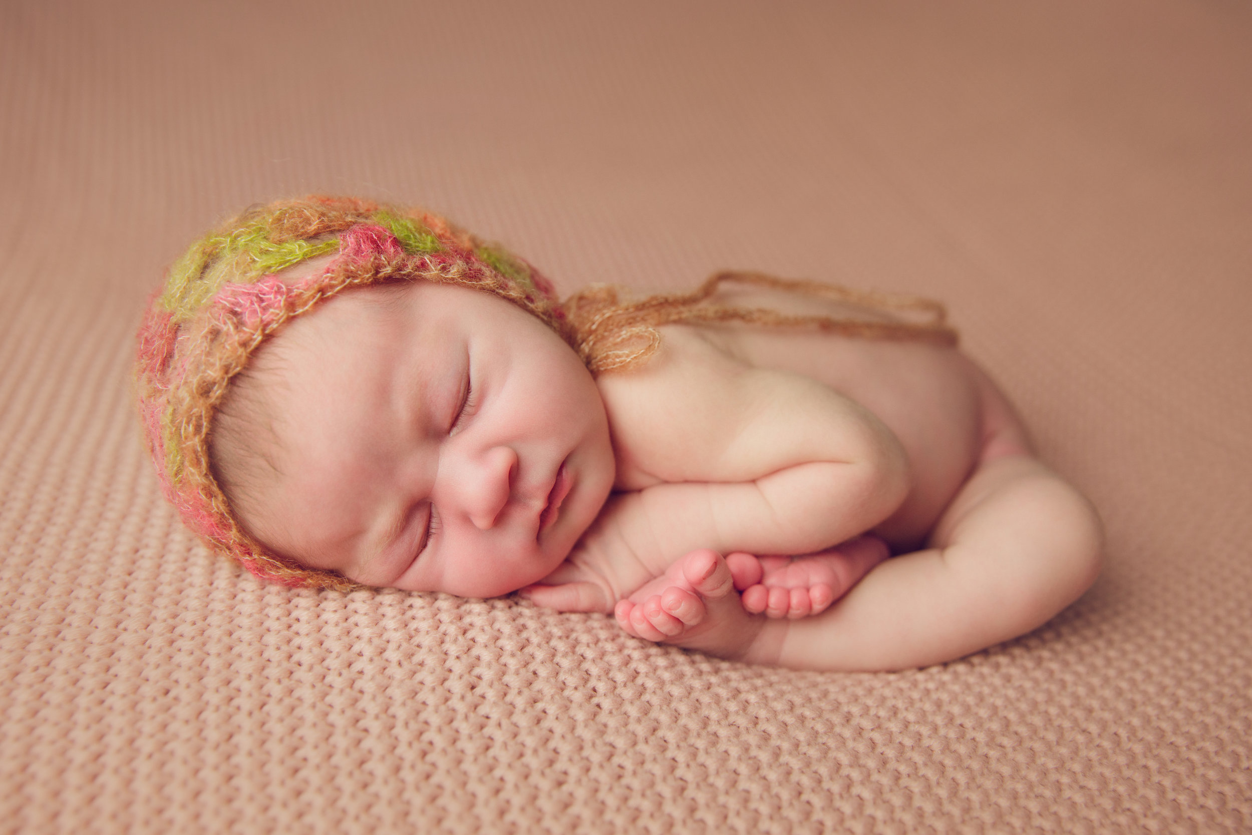 isla newborn  (11).jpg