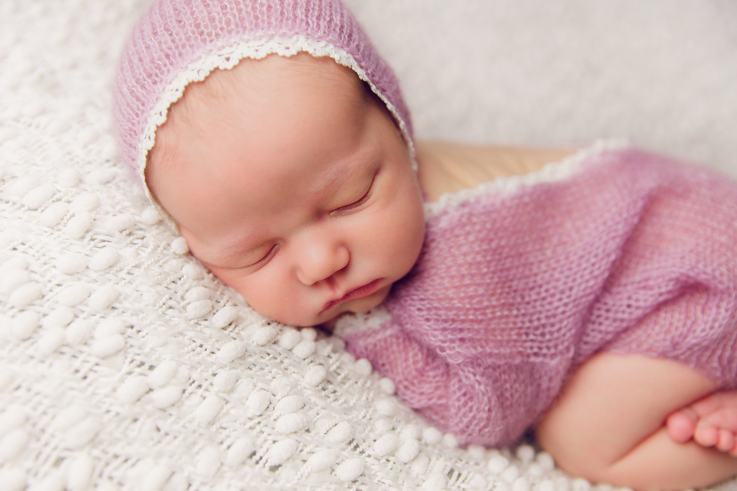 molly newborn photo  (17).jpg