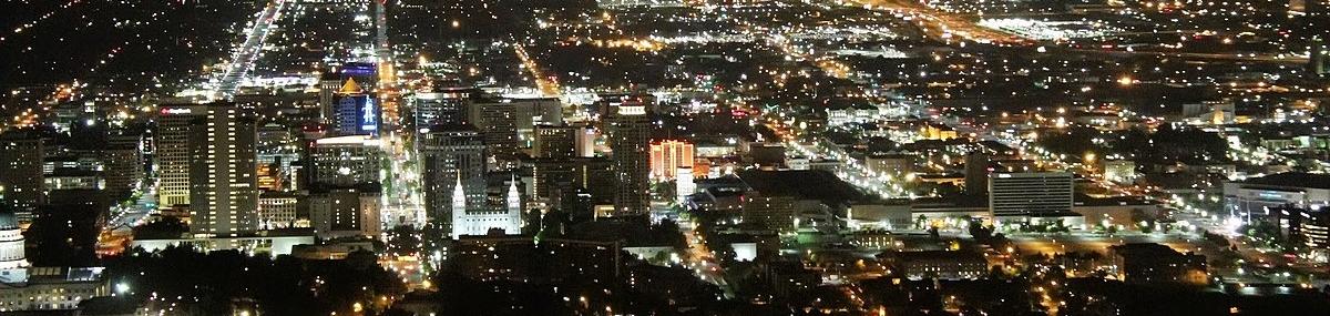 1200px-Salt_Lake_City_Night_View_From_Ensign_Peak_-_panoramio.jpg