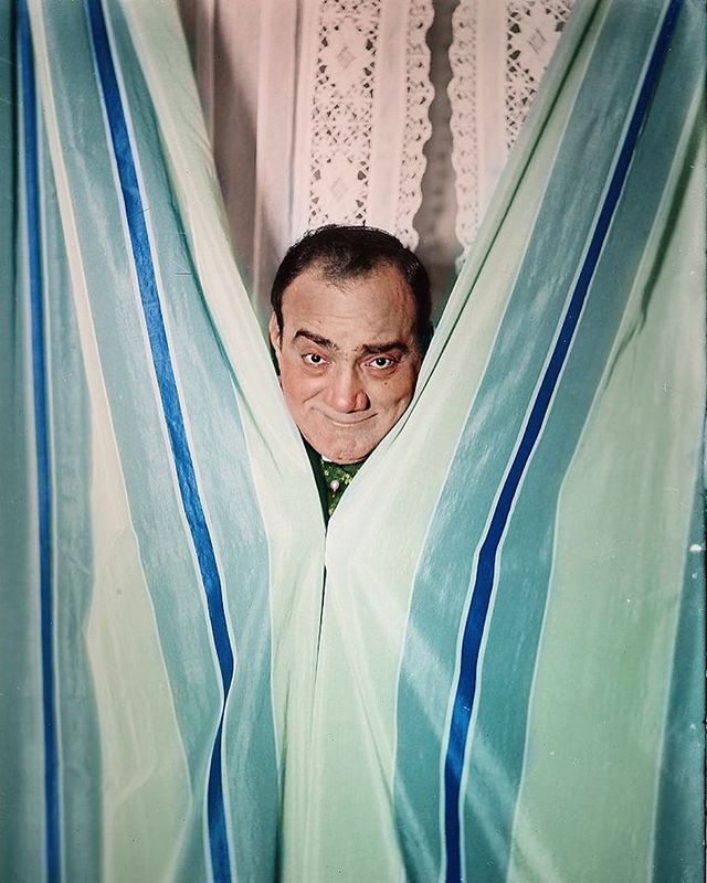 "Buon compleanno, Enrico Caruso! 🥳 Today is the 146th birthday of the legendary Italian tenor, Enrico Caruso; born on this day, January 25th, in 1873. The ""Godfather"" of all tenors, Maestro Caruso was one the most admired Italian opera singers of the early 20th century and one of the first musicians to ever document his voice on recordings. Caruso is such a fascinating and enigmatic figure to me. Like most tenors, I scrupulously study his recordings and read as much material as I can about his life and glorious voice. Recently, I found this rare colorised photograph of ""The Great Caruso""; which is the only one I've ever seen. I think it captures his spirit and personality perfectly! Happy birthday, Maestro! 📸❤️🎶⭐️ #saycheese #enricocaruso #thegreatcaruso #legendary #italian #tenor #operasinger #happybirthday #buoncompleanno #maestro #caruso #thevoiceofthecentury #greatestofthegreats #opera #portraitphotography #operahistory [@opera.news @operawire @operavoci @opera_world @opera_love @goldenageopera @360ofopera]"