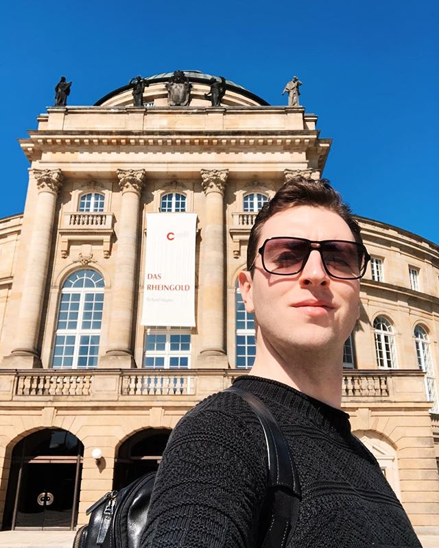 "A full day of excitement at Theater Chemnitz today with costume fittings and rehearsals before my ""Einspringen"" in Das Rheingold tomorrow! I'm so happy to make my debut in this beautiful Theater ... Möge der Kampf um den Ring beginnen! 💍🌈🎶⭐️ #dasrheingold #froh #richardwagner #opera #ringcycle #derringdesnibelungen #walhalla #einspringen #tenor #operasinger #operasingersofinstagram #theaterchemnitz #chemnitz #sachsen #germany #jamesedgarknight - @dietheaterchemnitz"