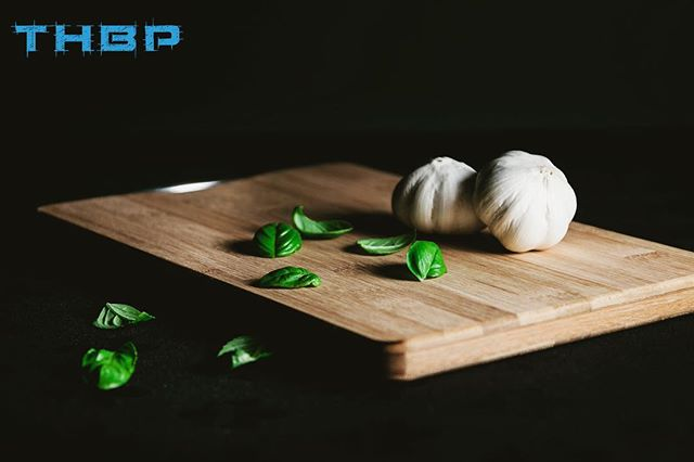 Did you know that garlic can make you more attractive to a potential mate?! Here is the science behind it. When you consume garlic whether in extract form (1, 000 mg) or consuming 3-4 garlic cloves. It boosts the anti-oxidants in the body and kills harmful bacteria thus affecting how our sweat smells. This signals vitality and healthiness to potential mates. Not only does garlic boost male and  female sex appeal, but other careotnoid rich foods like carrots, sweet potatoes, sprouts, leafy greens and beets lends to a fruitier, sweet and pleasant smell. Evolutionary speaking this could explain why we would seek out potential mates that we were attracted to considering that low plasma levels of various carotenoids have been linked to higher risk for infection and greater mortality. @thehumanbluprint