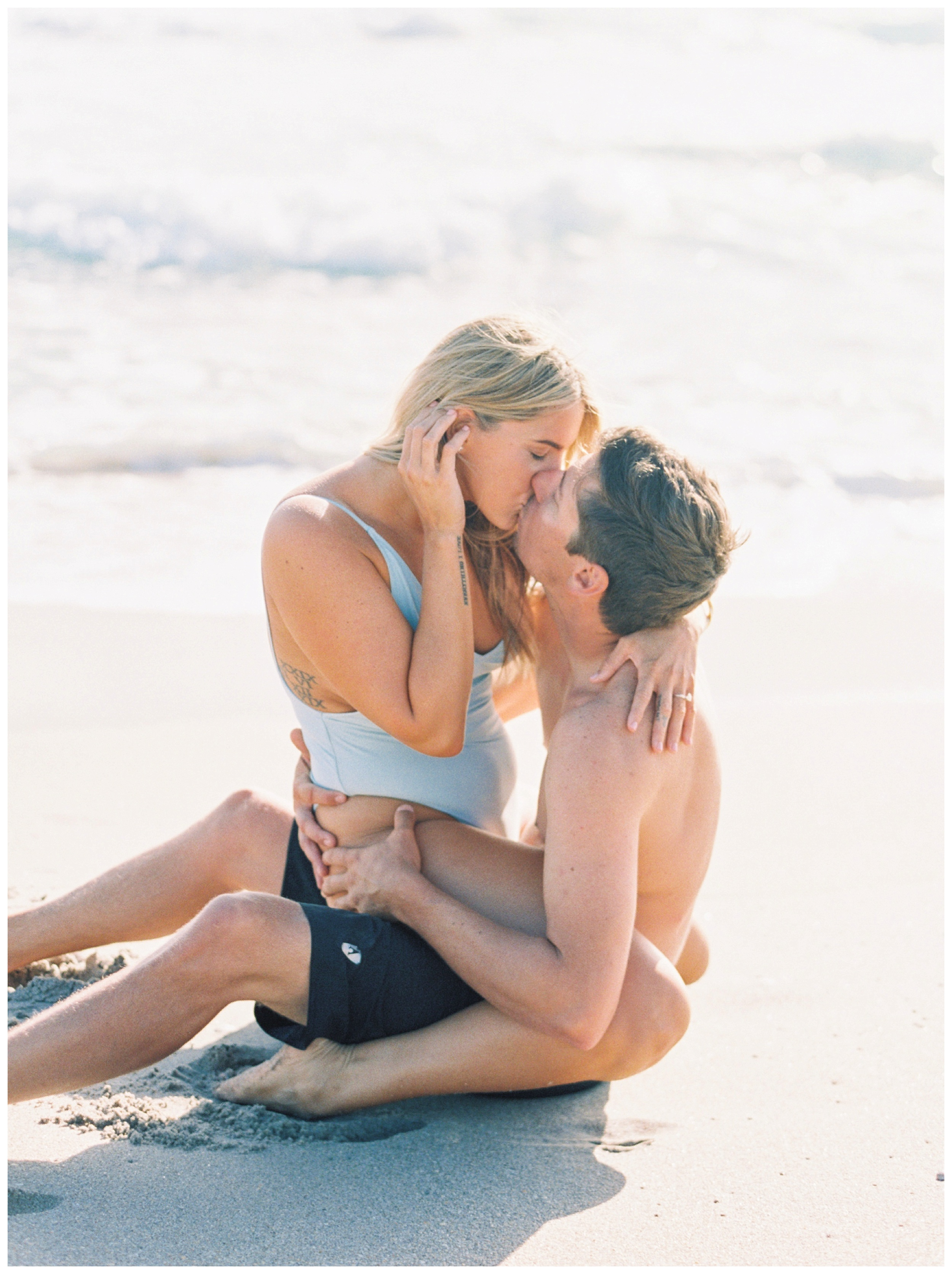 Surfboard Engagement Florida Wedding Photographer Kir Tuben_0027.jpg