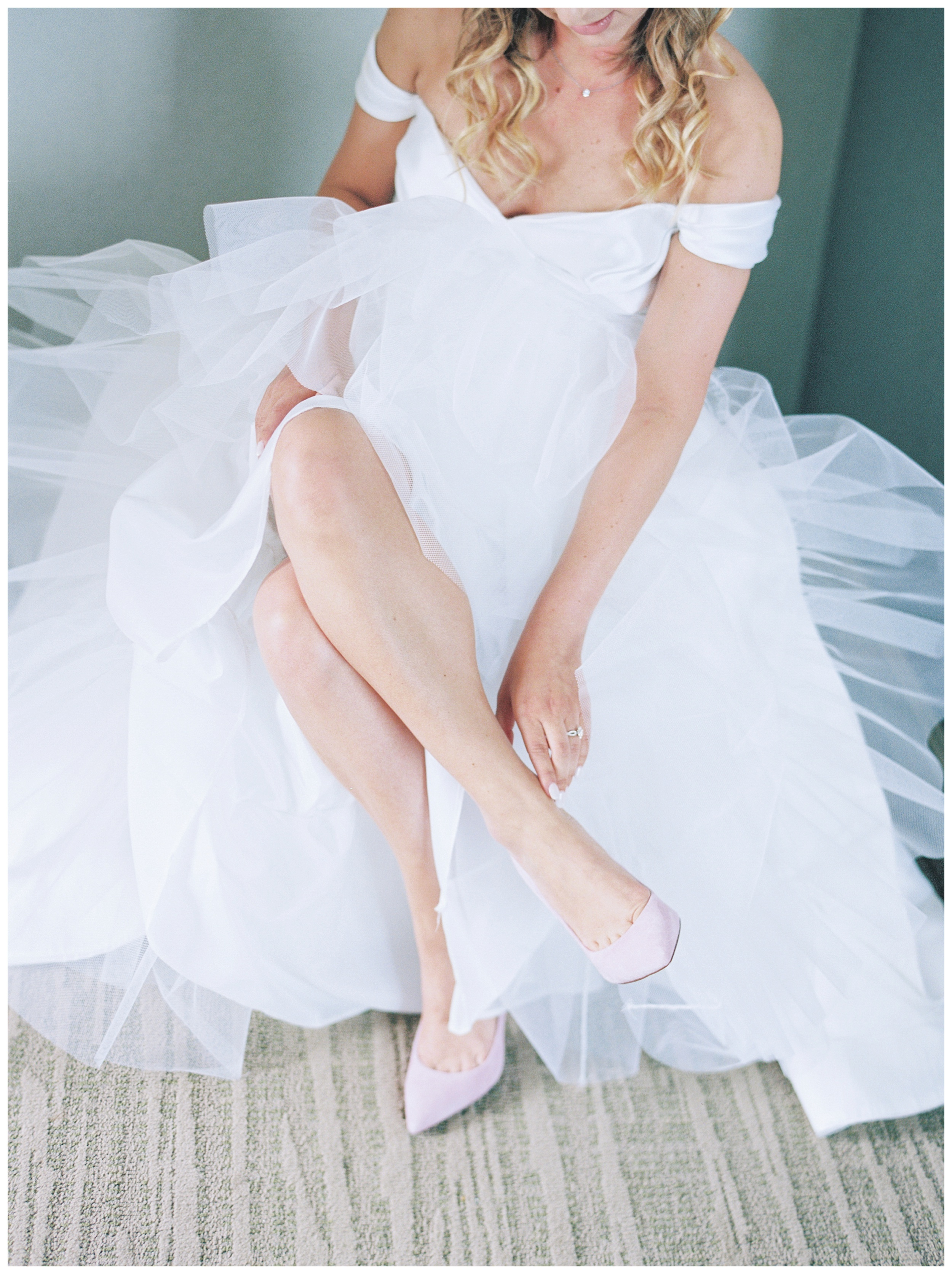 Lansdowne Resort Wedding | Virginia Film Wedding Photographer Kir Tuben_0015.jpg
