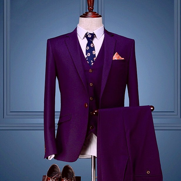 Evening Purple...#purple #violet #fashion #style #mensfashion #mensstyle #menswear #dapper #doublebreasted #tailor #tailoredsuit #like #follow #share #postoftheday #winter #purplehaze