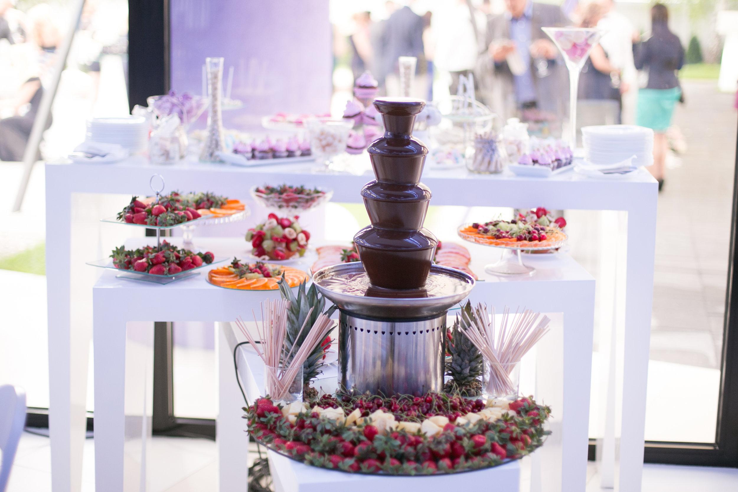 dessert catering
