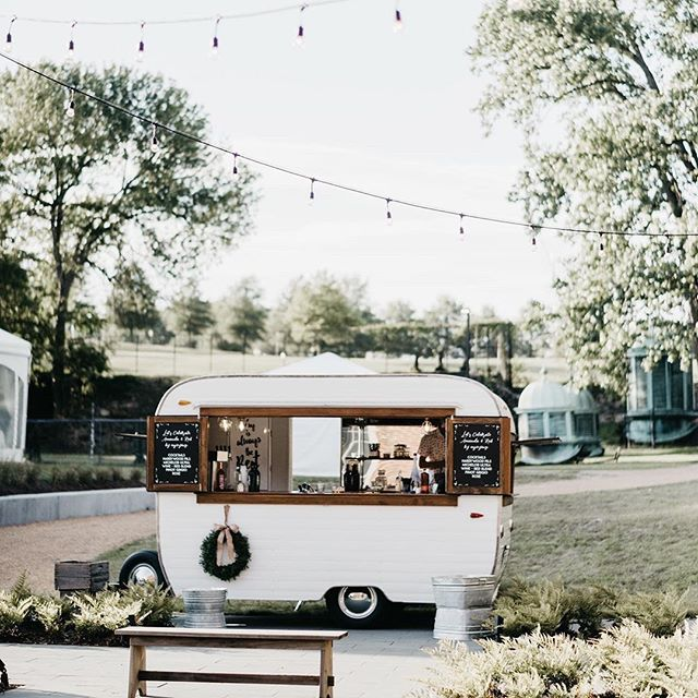 We had such a great time at this Tredegar Iron Works wedding a few weeks back! Amanda and Rob and all their friends and families know how to break it down on the dance floor, that's for sure 🕺 📷: @jasoncollinsphotography  #mobilebar #vintagemobilebar #caravan #getcozy #mobilebartending #weddingideas #reception #weddingreception #weddinginspiration #virginiabride #virginiaweddings #richmondva #tredegarironworks #rva #rvaweddings