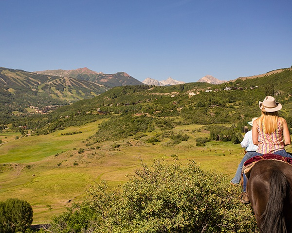Rodeo Ride overlooking Snowmass Mountain and Mt. Daly