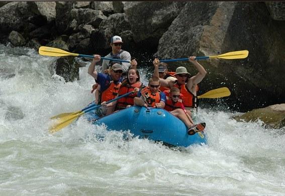rafting crew.jpg