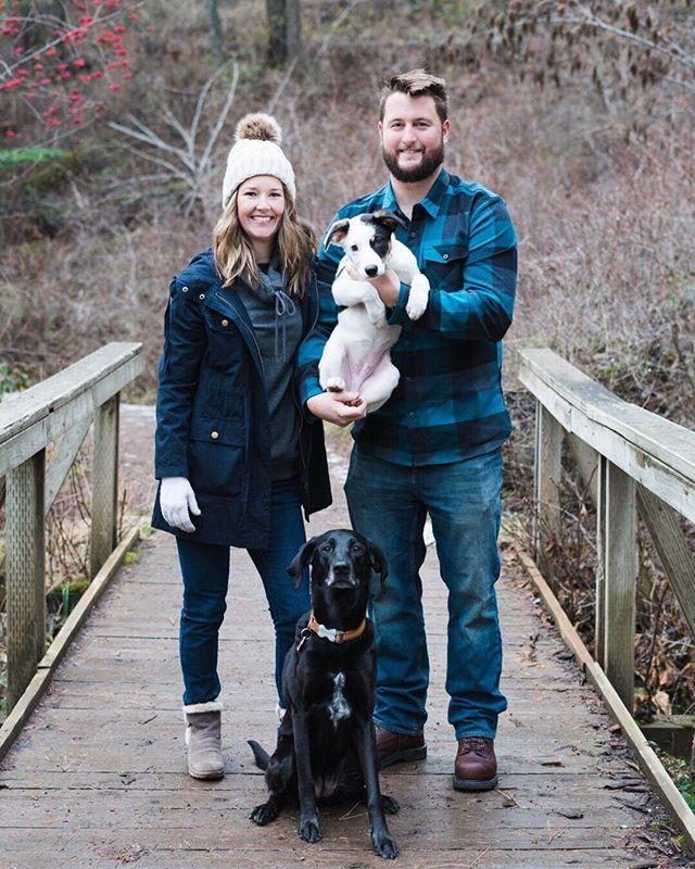 Still looking to take advantage of the snow before it melts away? DM me about scheduling a winter photo session. PS- how cute are these guys? 😍 ⠀⠀⠀⠀⠀⠀⠀⠀⠀ #cda #coeurdalene #cdaidaho #downtown #downtowncda #northidaho #visitidaho #idahome #idahodaily #idahogram #exploreidaho #idahoexplored #outdooridaho #onlyinid #family #familyphoto #memories #idahophotographer #washingtonphotographer #pnwcollective #northwestphotographer #OutsideDogs #mydogist #pupsofthepnw #weeklyfluff #dogsofinstagram #mydogismy #northwestpets #liveoffleash  #pursuitofportraits