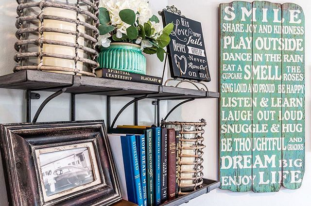 Shelves & signage: for sale at Creative Designs in Torrance. #shoplocal #torrance #southbay #shopsouthbay #redondobeach #interiordecor #interiordesign #designinspiration