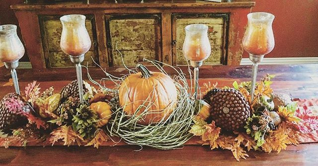 Fall decor is on point with this festive arrangement! Okay, we know you're probably thinking more about turkey and mashed potatoes, but a runner with a few items is all it takes to transform your Thanksgiving table.⠀ ---------------------------------------------------------⠀ #decor #shoplocal #southbay #shopsouthbay #torrance #redondobeach #interiordesign #thanksgiving #thanksgivingdecor