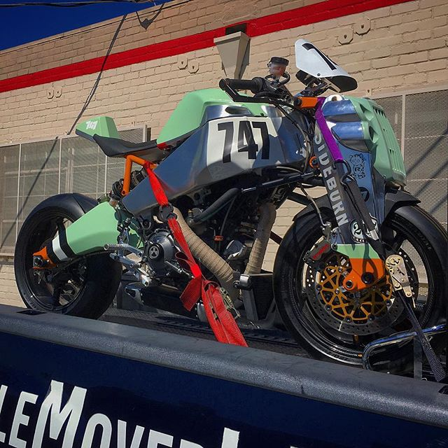 In 2015 @roninmotorworks created a race weapon & entered it in the Pikes Peak Hillclimb. Christened the Oishi Yoshiob after the Samurai Leader of the 47 Ronin & piloted by Travis Newbold the bike was 2nd fastest up the mountain. Incredible for an unproven, 1st time entry. This bike, featured @petersenmuseum Custom Revolution Exhibit will be on display @dainesela Santa Monica, courtesy of Ronin & Motorcycle Mover. Check it out! #ronin #race #weapon #samurai #warrior #47ronin #pikespeak #travisnewbold #dainese #agv