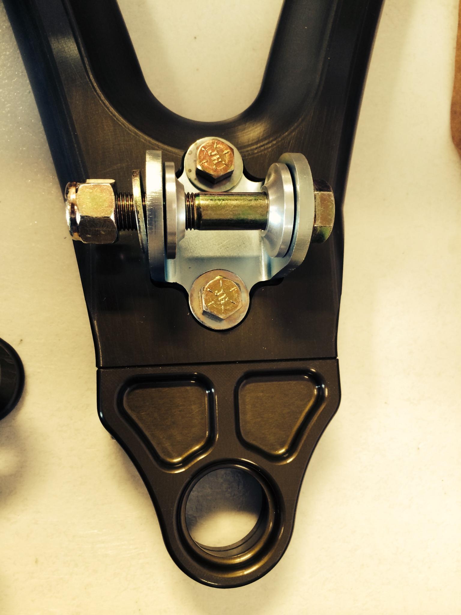 Superlite Aero suspension, using Aurora bearings