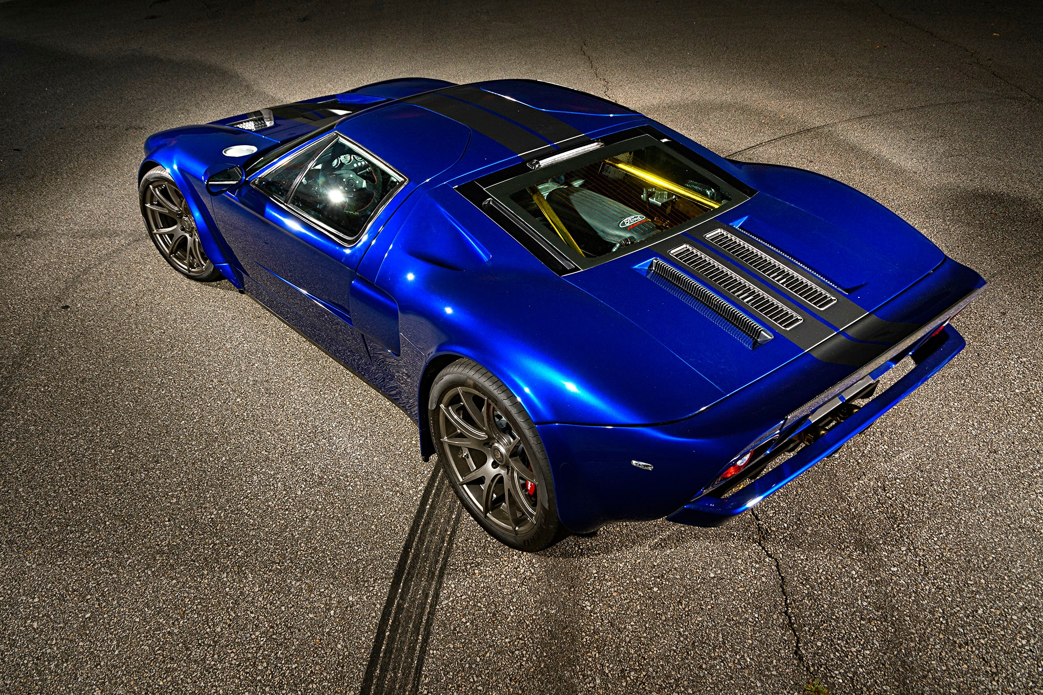 007-Superlite-GT-R-rear-side.jpg