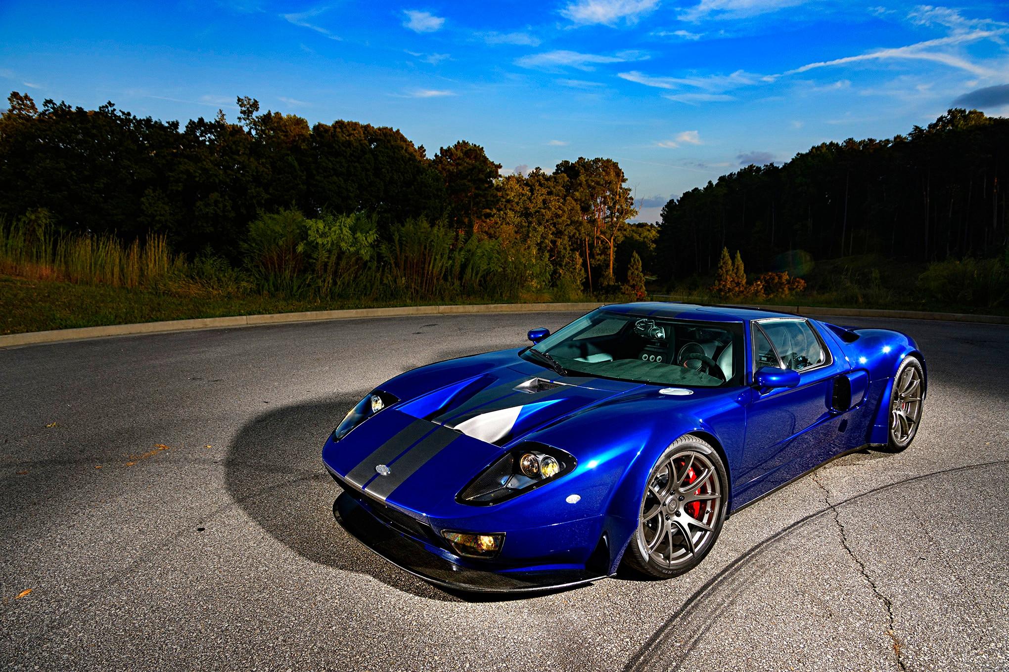 040-Superlite-GT-R-front-side-wide.jpg