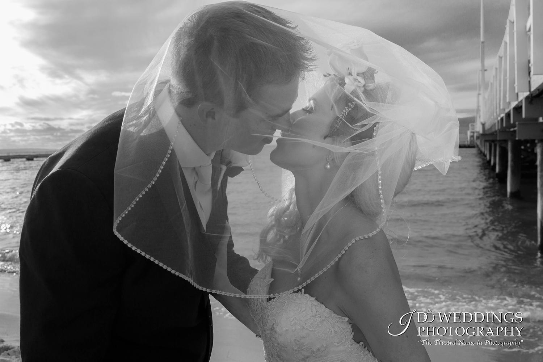 black and white wedding photography.jpg