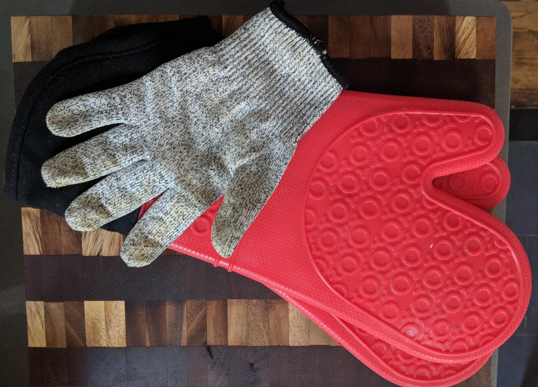 KitchenGloves.jpg