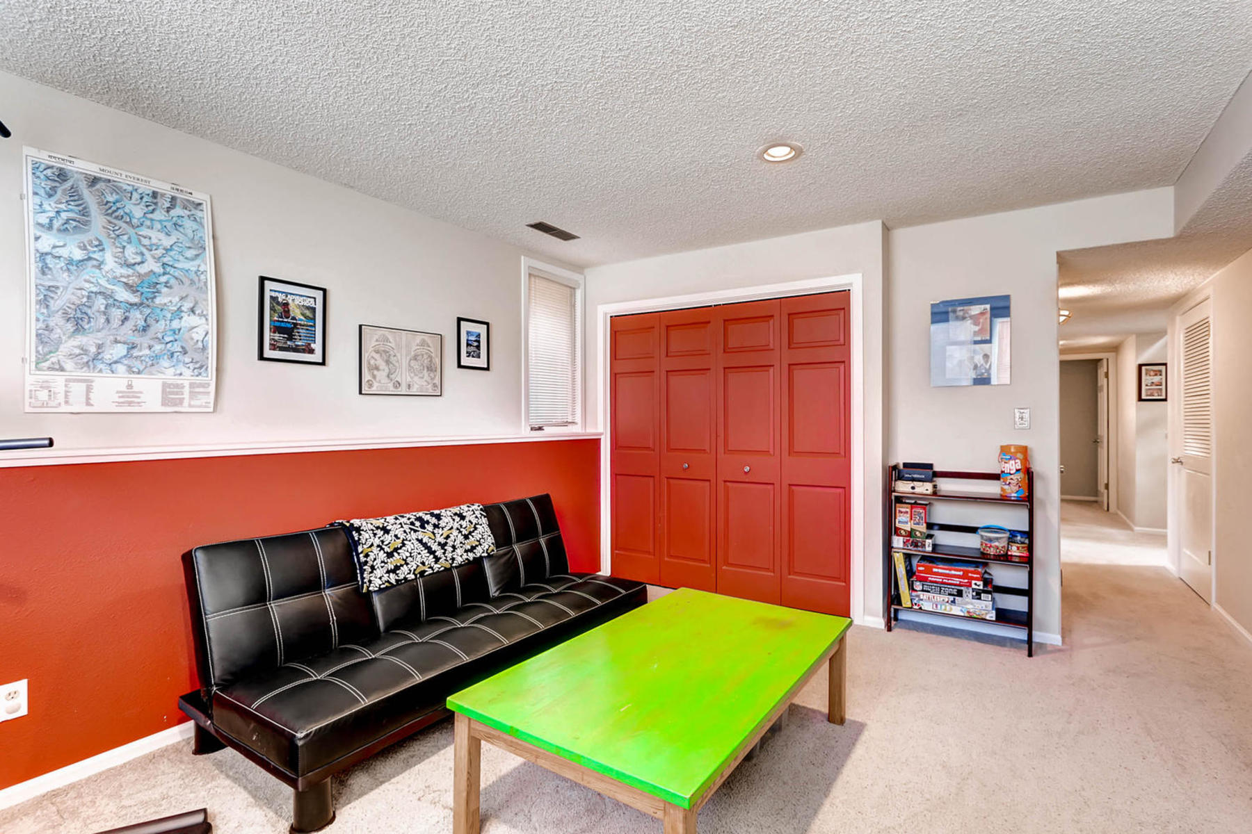 1024 55th Street Boulder CO-MLS_Size-021-26-Lower Level Recreation Room-1800x1200-72dpi.jpg