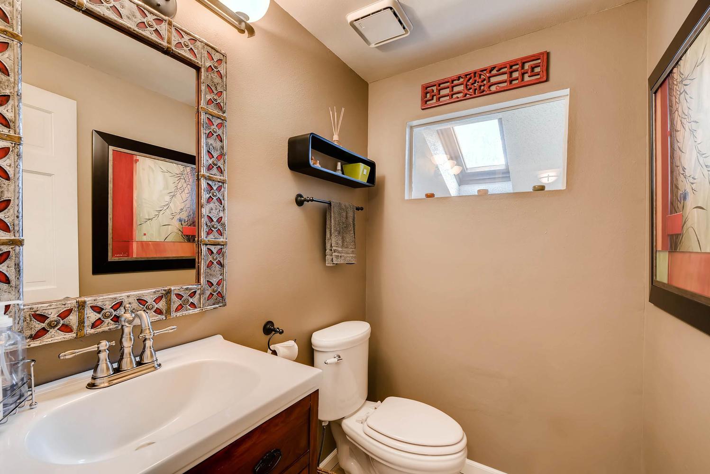 1024 55 St Boulder CO 80303-large-015-23-2nd Floor Powder Room-1499x1000-72dpi.jpg