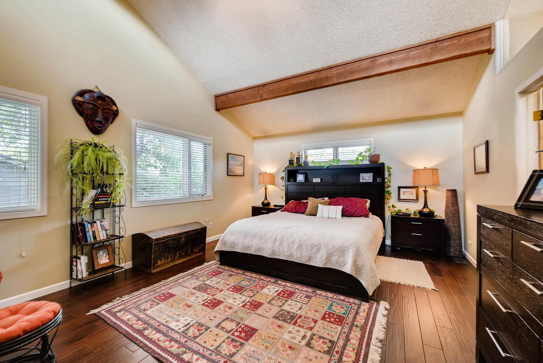 1024 55 St Boulder CO 80303-large-016-10-2nd Floor Master Bedroom-1499x1000-72dpi.jpg