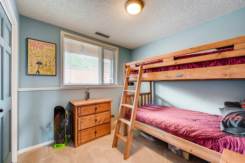 1024 55 St Boulder CO 80303-large-022-16-Lower Level Bedroom-1499x1000-72dpi.jpg