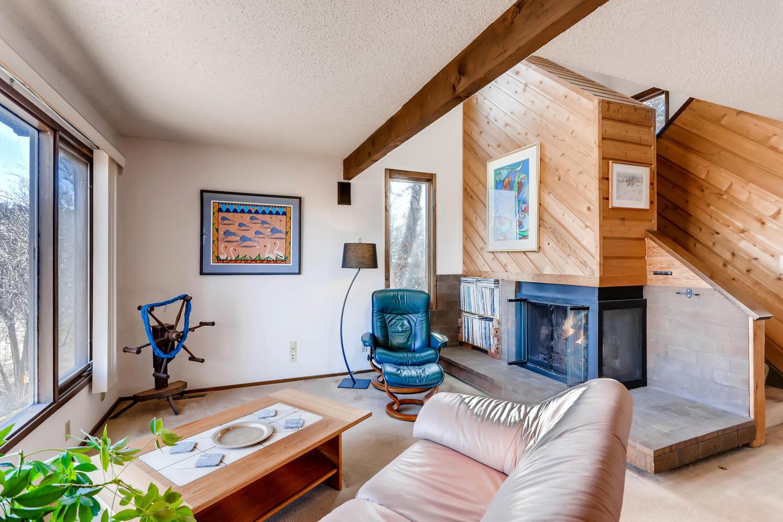 3760 Lakebriar DR Boulder CO-large-005-8-Living Room-1500x1000-72dpi.jpg