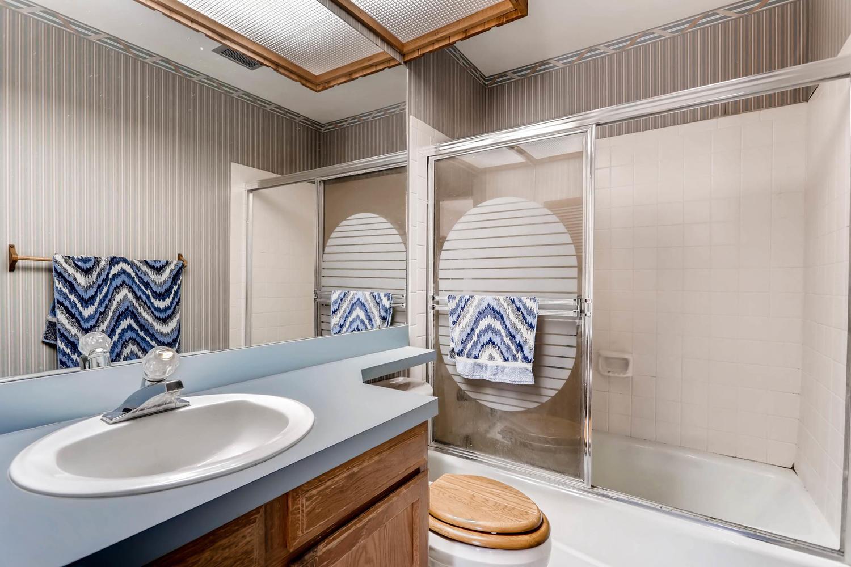 3760 Lakebriar DR Boulder CO-large-017-10-2nd Floor Bathroom-1500x1000-72dpi.jpg