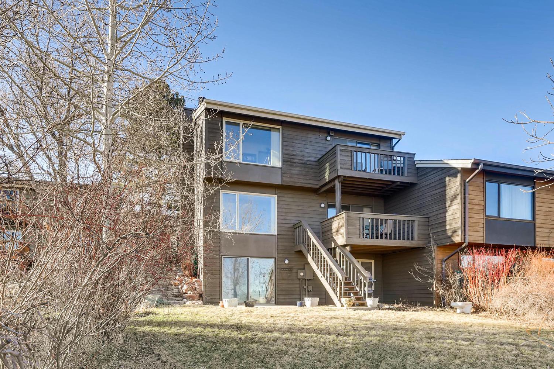3760 Lakebriar DR Boulder CO-large-027-17-Back Yard-1500x1000-72dpi.jpg