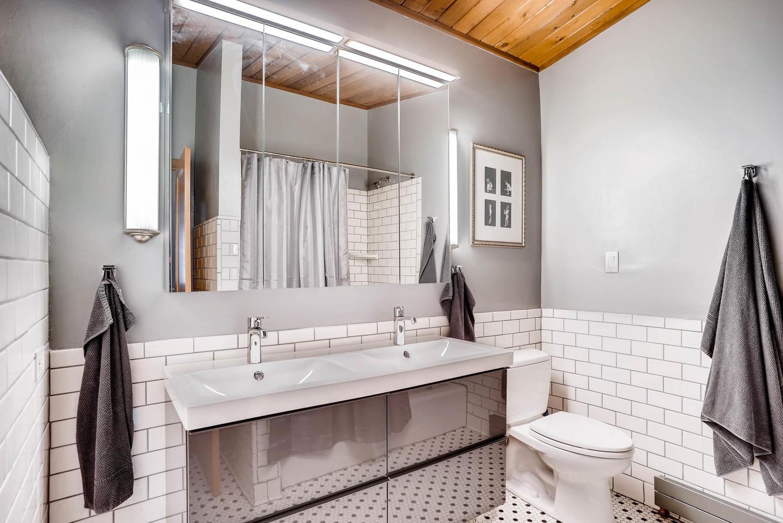 205 Camden Place Boulder CO-large-028-17-Bathroom-1498x1000-72dpi.jpg