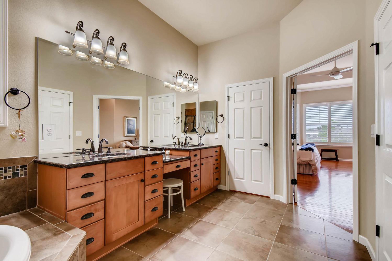 4785 Silver Mountain Loop-large-018-20-Master Bathroom-1499x1000-72dpi.jpg