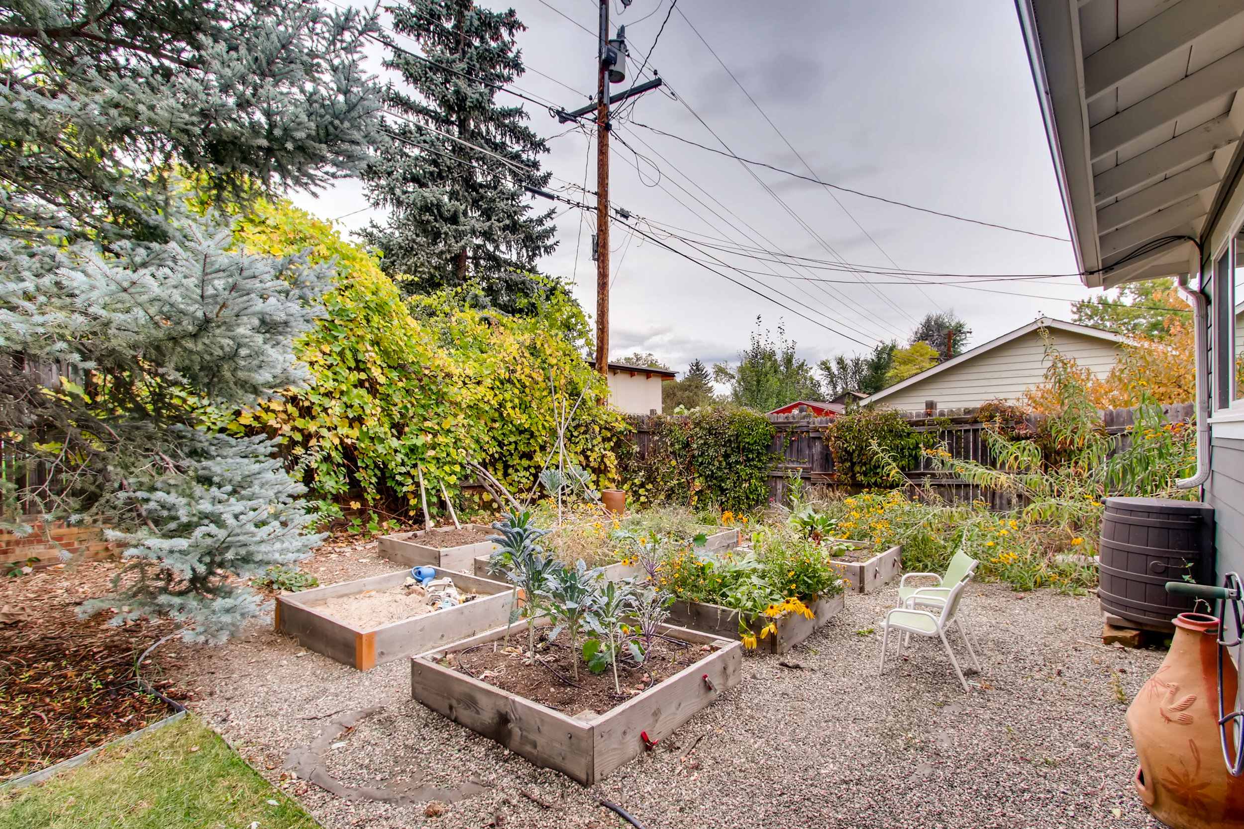 265 30th St Boulder CO 80305-print-025-18-Back Yard-3600x2400-300dpi.jpg