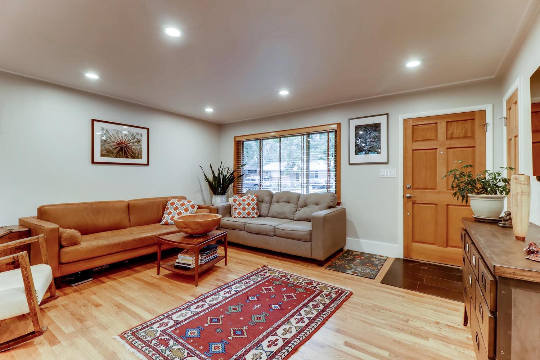 130 34th St Boulder CO 80305-large-006-001-Living Room-1500x1000-72dpi.jpg