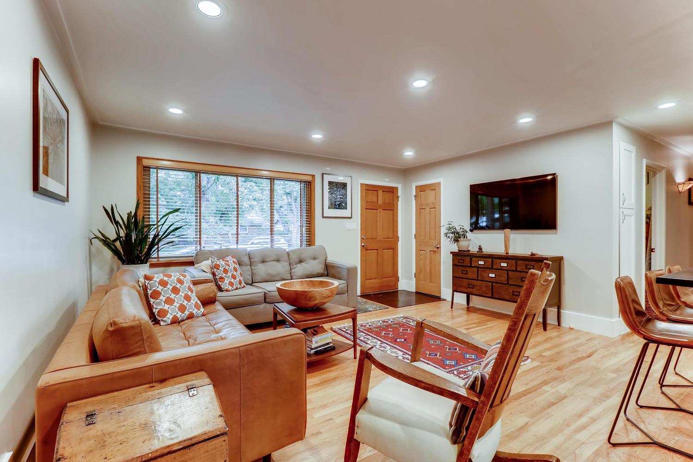 130 34th St Boulder CO 80305-large-007-025-Living Room-1500x1000-72dpi.jpg