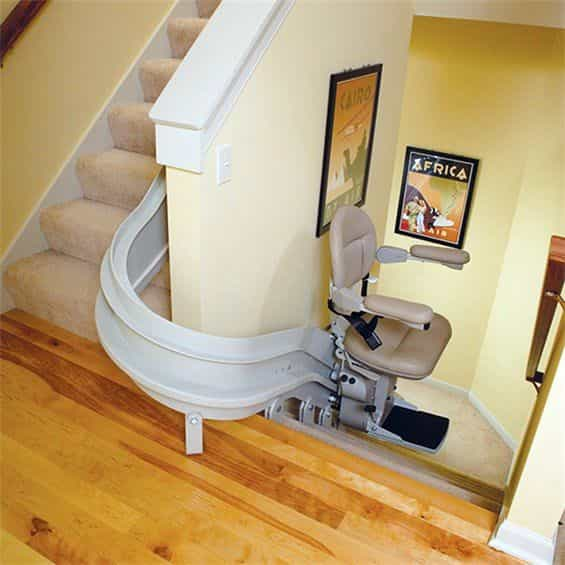 bruno_curved_stair_lift_1-min.jpg
