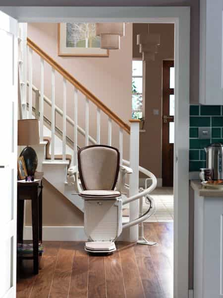 starla_curved_stair_lift_stannah_1-min.jpg