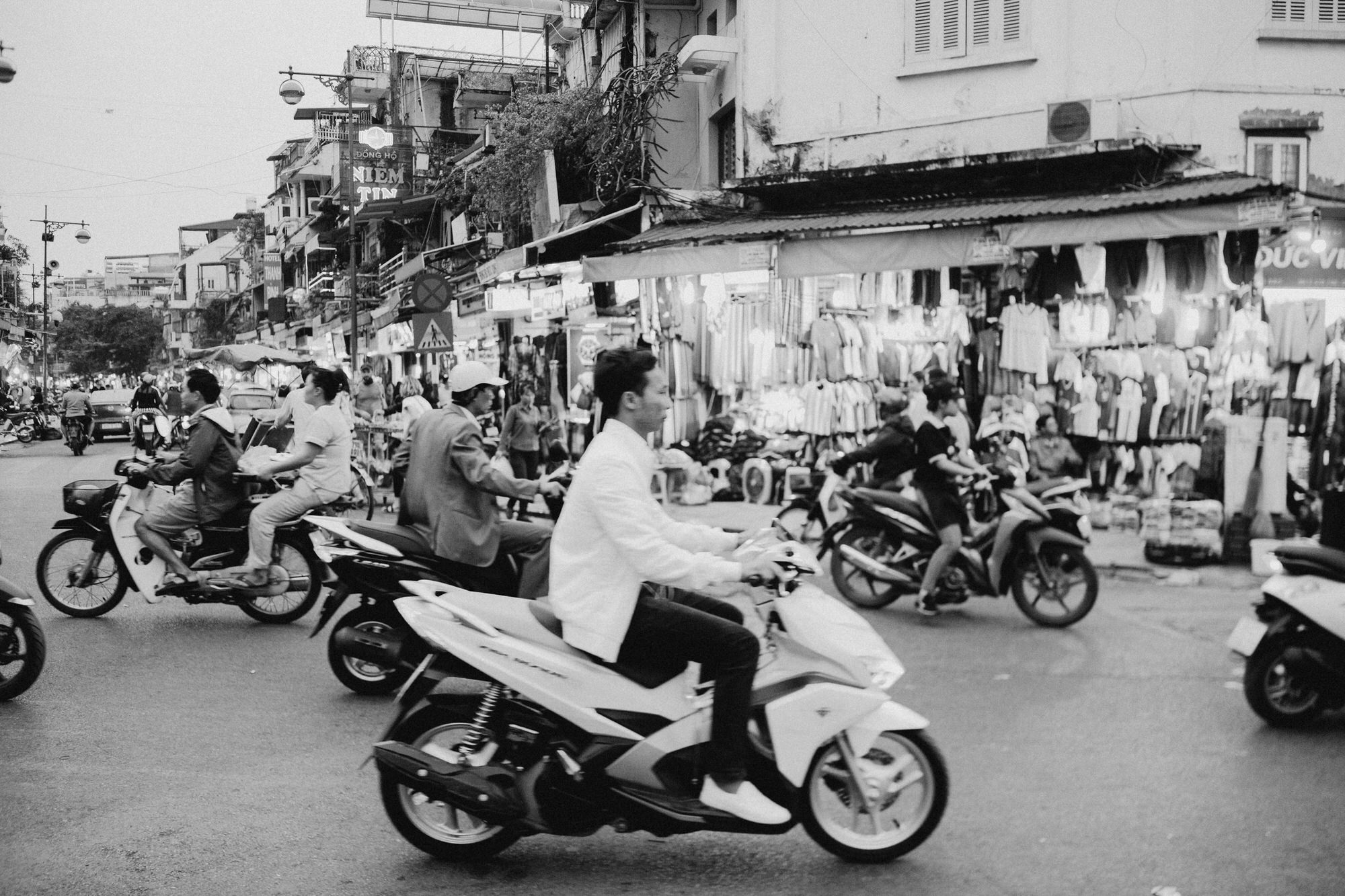 hanoivietnamtravelblog-9689-1.jpg